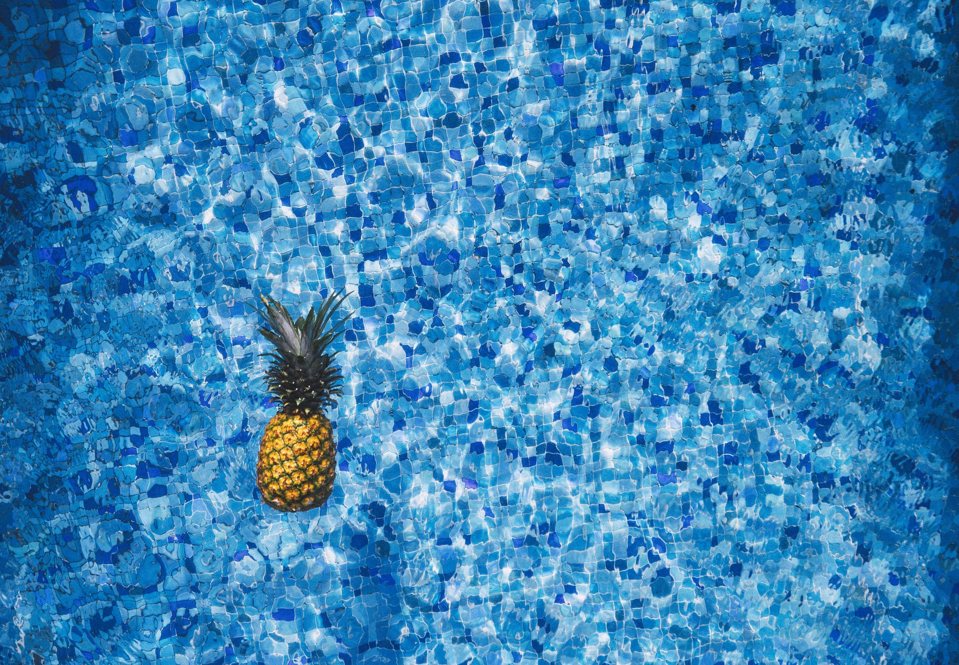 water blue pattern pineapple
